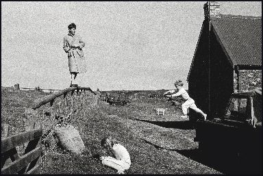 Paul, Stella and James McCartney photographed in Scotland, 1982.