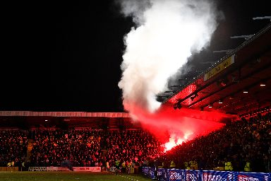 Pyro: Smoke bombs and flares set off.