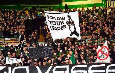 Banner: Celtic fans against Lazio.