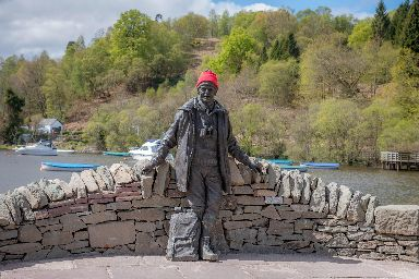 Thieves targeted the statue of Tom Weir at the weekend