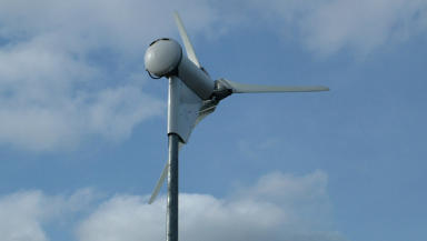 Government unveils scheme to help homeowners go green