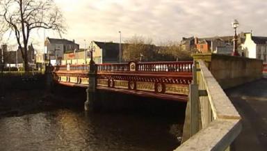 Victorian bridge reopens after refurbishment