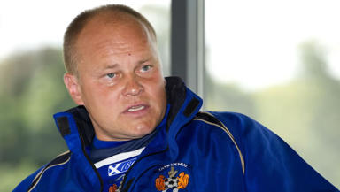 Killie boss Mixu Paatelainen has added another former CSKA Sofia player to his ranks, capturing striker Rui Miguel.