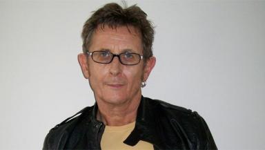 Alistair Hulett: political singer-songwriter.