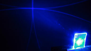Plastic laser: Device made at St Andrews University