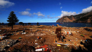 Hometown of 'real' Robinson Crusoe to aid stricken Pacific Island