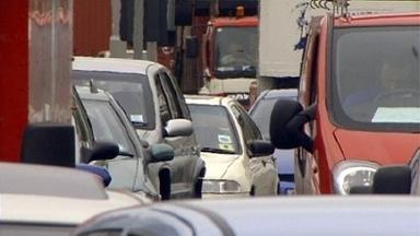 Accident causes traffic headache