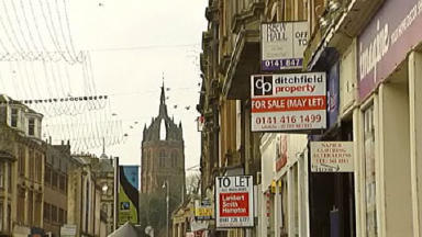 To let: Councillors want to attract new retailers to Paisley High Street.