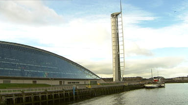 Glasgow Science Centre: The tower is part of the attraction.