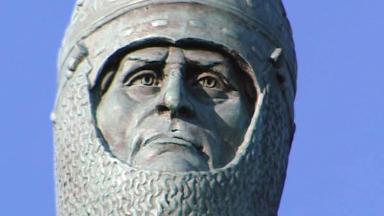 Robert the Bruce statue.
