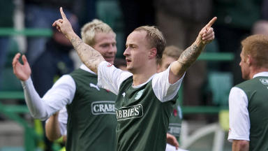 Leigh Griffiths in action for Hibernian.