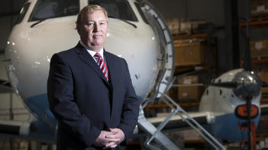 Stewart Adams has been announced as the new chief executive of Loganair