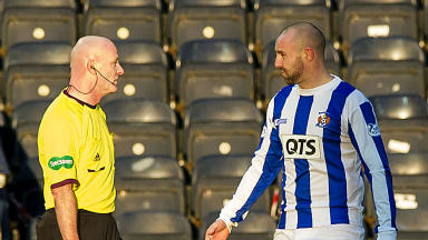 Kris Boyd, Kilmarnock, referee Craig Charleston, January 2014.