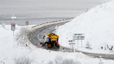 Weather warning: Storm Conor brings snow and wind.