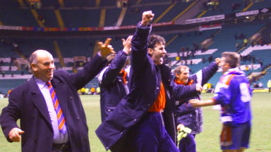 Steve Paterson celebrates Inverness beating Celtic in 2000