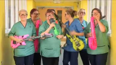 A video featuring patients and staff from the Royal Hospital for Sick Children in Glasgow singing 'I'm on my way' has become an internet sensation.