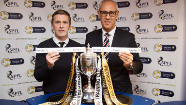 East Fife manager Gary Naysmith (left) and Rangers' Mark Hateley