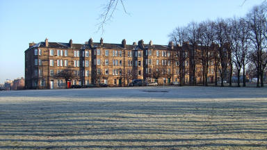 Edinburgh Tenement in Harrison Park. CC - From Flickr: http://www.flickr.com/photos/chatiryworld/2126793367/sizes/l/in/photostream/