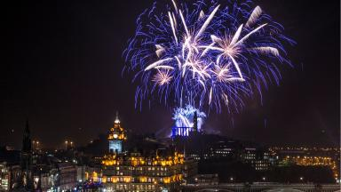Edinburgh fireworks credit Grant Ritchie