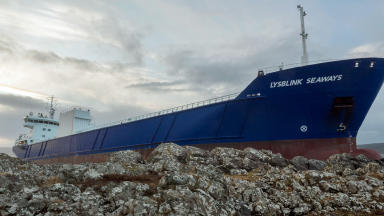 Lysblink Seaways: Ship became stuck off Ardnamurchan Point.
