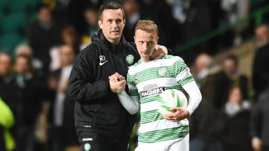 Celtic manager Ronny Deila (left) celebrates with Leigh Griffiths at full-time.