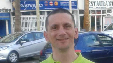 Darryl Fitch: Man found dead in River Gryfe in Renfrewshire.