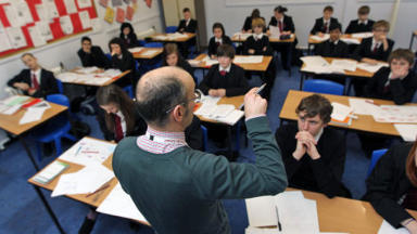 Teachers: School heads 'should have greater control over staffing'.