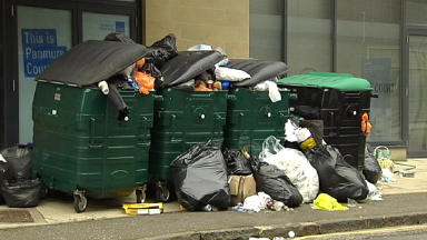 Bin men dispute could affect Edinburgh festival