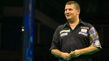 Braehead arena:  Gary Anderson in action at the Unibet World Series last month.