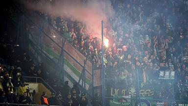 UEFA: Celtic supporters set off flares during Europa League match.
