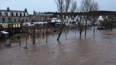 Flooding in Ellon: Nicola Sturgeon to set out support.