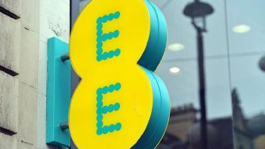 EE has reported problems