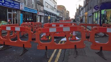 Chapel Street: Sinkhole closes city centre road.