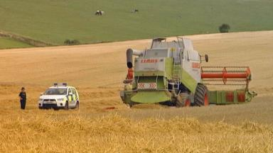 Fatal accident: Farmer killed by combine harvester.