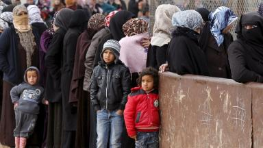 Senior economists want the UK to do more for Syrian refugees