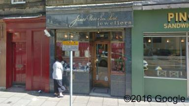 Stolen ring: Theft victims found ring and earrings in Edinburgh jeweller.