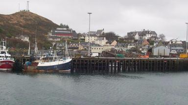 Mallaig Harbour: Body found in water.
