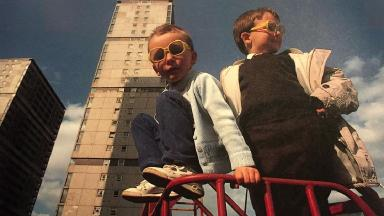 Gorbals life: Can you help us track down these two likely lads?