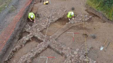 Cadzow: Workers discover 1000 year old lost Scots village.