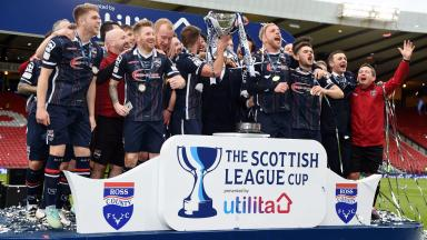 Ross County lift the 2016 Scottish League Cup.
