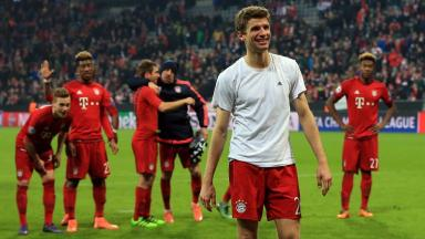 Cheerleader: Is there anything Thomas Muller can't do?