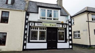 Union Tavern: Firefighters tackle pub blaze (file pic).