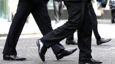 Old Boys' networks are still holding women back from top jobs, a report claims.