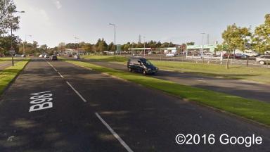 Dunikier Way: Reports of car travelling wrong way.