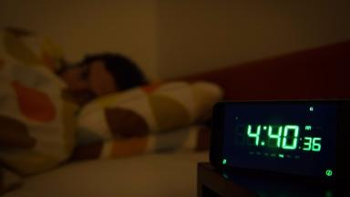 Brits are losing an hour of sleep a night experts have warned