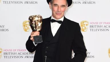 Mark Rylance poses with his best actor Bafta for Wolf Hall.