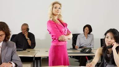 One in ten budding businesswomen lacks the confidence to start their own company.