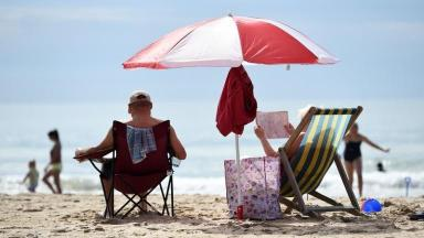EXPENSIVE SEASIDE TOWNS - NEWS NOW