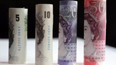 New plastic bank notes will go into circulation from September