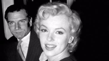 Stars: Marilyn Monroe with Sir Laurence Olivier in 1956 (file pic).